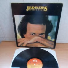 Discos de vinilo: ENVIO CON TC: 4€ DISCO LP DE VINILO JULIO IGLESIAS MOMENTOS CBS 1982. Lote 216869406