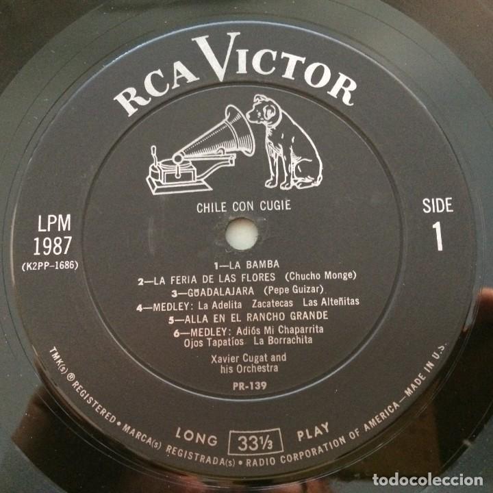 Discos de vinilo: Xavier Cugat And His Orchestra – Chile Con Cugie Canada 1950 RCA Victor - Foto 3 - 217642642