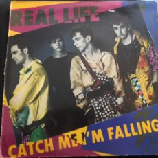 Discos de vinilo: REAL LIFE – CATCH ME I'M FALLING 1984 NEW WAVE. Lote 217703355