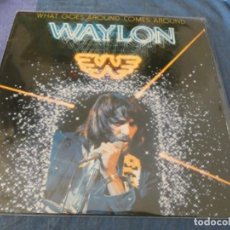 Discos de vinilo: BOXX7375 LP COUNTRY USA 1979 WAYLON JENNI9NGS WHAT GOES AROUND COMES AROUND BUEN ESTADO. Lote 217815633