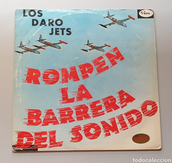 LP LOS DARO JETS - ROMPEN LA BARRERA DEL SONIDO (COLOMBIA - DARO - 1964) ULTRA RARE LP R&R TWIST (Música - Discos - LP Vinilo - Grupos y Solistas de latinoamérica)