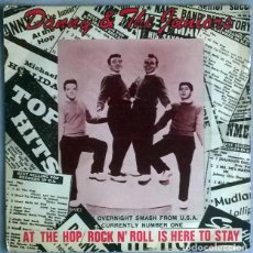 Disques de vinyle: DANNY & THE JUNIORS. AT THE HOP/ ROCK N' ROLL IS HERE TO STAY. ABC, UK 1957 SINGLE RE 1977. Lote 218051315