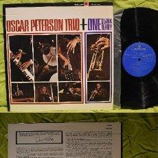 Discos de vinilo: OSCAR PETERSON TRIO + ONE CLARK TERRY 1964, RAY BROWN, RARA EDT JAPAN, VINILO IMPECABLE. Lote 218207140