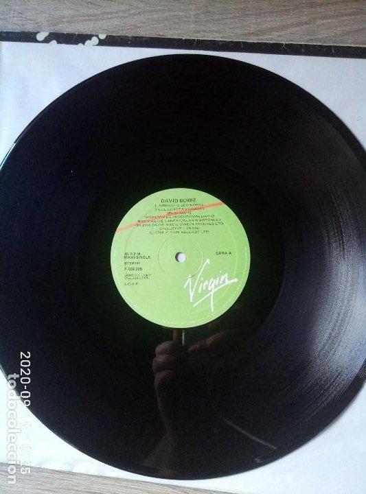 Discos de vinilo: David Bowie absolute beginners maxi single vinilo ed España 1986 Un poco deteriorado. Ver fotos - Foto 3 - 218258747