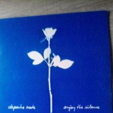 Discos de vinilo: DEPECHE MODE ENJOY THE SILENCE MAXI SINGLE VINILO ED ESPAÑA BUEN ESTADO DESPEGADO EN CONTRAPORTADA.. Lote 218258841