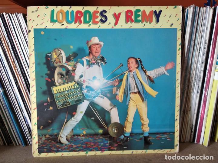 LOURDES Y REMY - GRUPO DE ACOMPAÑAMIENTO: PEGASUS ( MAX SUÑE, KITFLUS, SANTI ESCOTE, SANTI ARISA (Música - Discos - LPs Vinilo - Música Infantil)