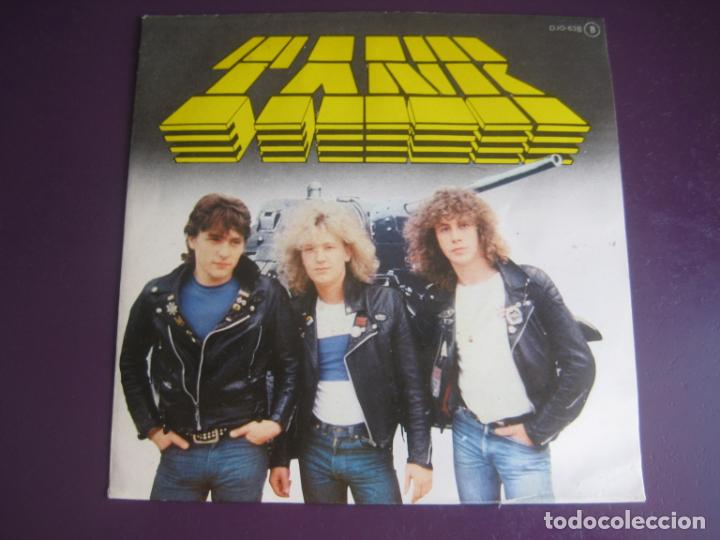 TANK - SG ZAFIRO CHAPA 1981 - DON'T WALK AWAY + 2 - HEAVY METAL 80'S - MOTORHEAD - SIN ESTRENAR (Música - Discos - Singles Vinilo - Heavy - Metal)