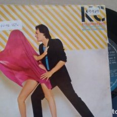 Discos de vinilo: SINGLE ( VINILO) DE KC & THE SUNSHINE BAND AÑOS 80. Lote 218557890