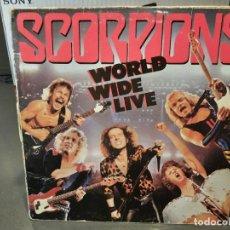 Discos de vinilo: SCORPIONS - WORLD WIDE LIVE - DOBLE LP. DEL SELLO HARVEST DE 1985. Lote 218648957