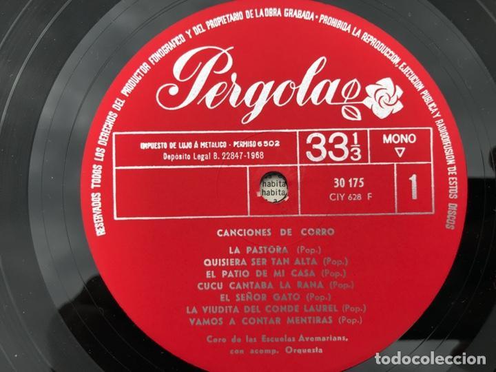 Discos de vinilo: CANCIONES DE CORRO. CORO DE LAS ESCUELAS AVEMARIANAS, CON ORQUESTA. PÉRGOLA, AÑO 1968. VER FOTOS - Foto 3 - 218681618