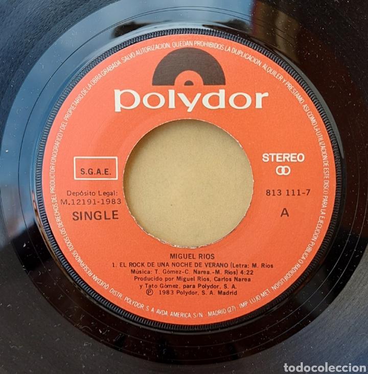 Discos de vinilo: Single Miguel Ríos- El Rock de una noche de verano - Foto 3 - 218732688