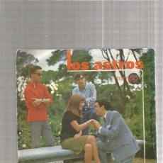 Discos de vinilo: LOS ASTROS DE LA MANO. Lote 218786746