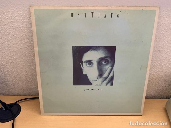 BATTIATO – NOMADAS. DISCO VINILO. ESTADO VG+/VG+. 1987. ENTREGA 24. (Música - Discos - LP Vinilo - Canción Francesa e Italiana)