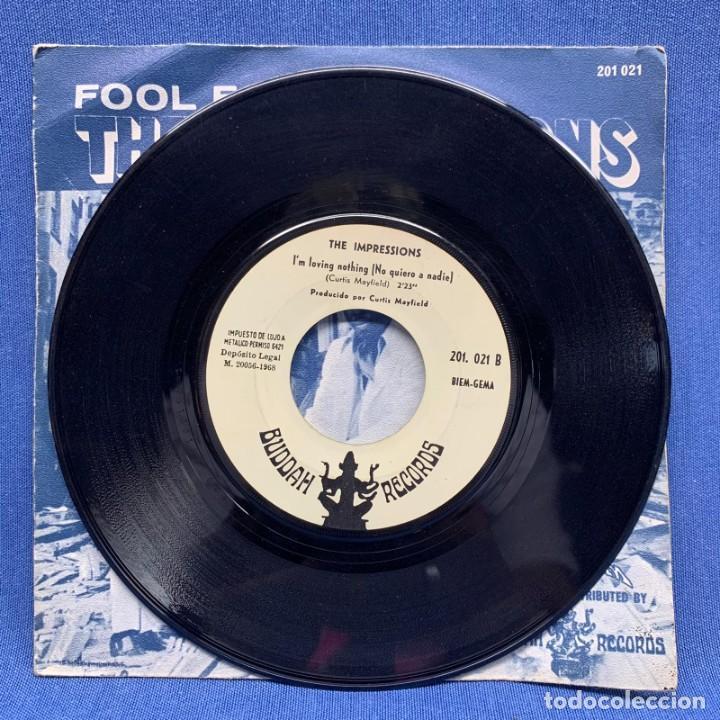 Discos de vinilo: SINGLE THE IMPRESSIONS - FOOL FOR YOU - ESPAÑA - AÑO 1968 - Foto 2 - 219321937