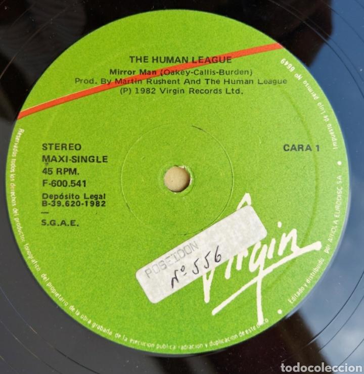 Discos de vinilo: Maxi Single - The human league- Mirror man-1982 - Foto 3 - 219441640