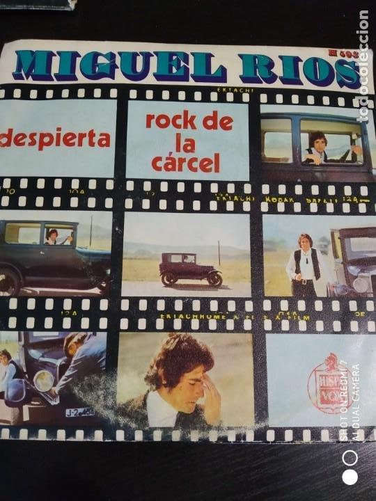 DISCO SINGLE MIGUEL RIOS ROCK DE LA CARCEL DESPIERTA COLECCION (Música - Discos - Singles Vinilo - Solistas Españoles de los 70 a la actualidad)