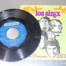 Discos de vinilo: LOS SIREX ---- JUDY CON DISFRAZ ---HAY UNA MONTAÑA -- VINILO MINT ( M ) FUNDA VG +++. Lote 220495935