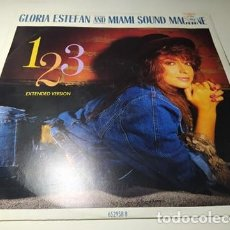 Discos de vinilo: MAXI - GLORIA ESTEFAN AND MIAMI SOUND MACHINE ?– 1-2-3 (EXTENDED VERSION) ( VG+ / VG+) UK 1988. Lote 220646448