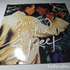 Discos de vinilo: MAXI - DAVID BOWIE AND MICK JAGGER ?– DANCING IN THE STREET - 12EA 204 ( VG+ / VG+) UK 1985. Lote 220650562