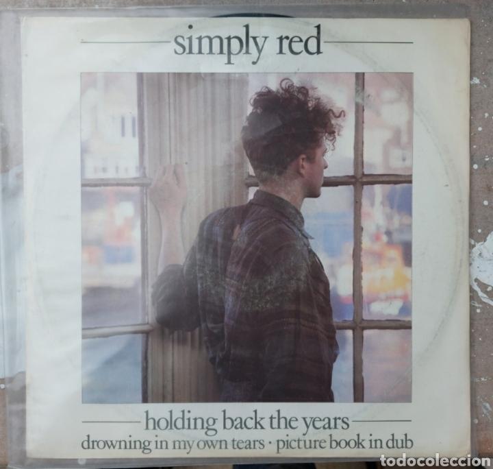 MAXI SINGLE - HOLDING BACK THE YEARS (Música - Discos de Vinilo - Maxi Singles - Pop - Rock Internacional de los 90 a la actualidad)