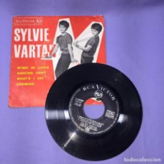 Dischi in vinile: SINGLE SYLVIE VARTAN -- RITMO DE LLUVIA DANCING PARTY -- MADRID 1963. Lote 220872298