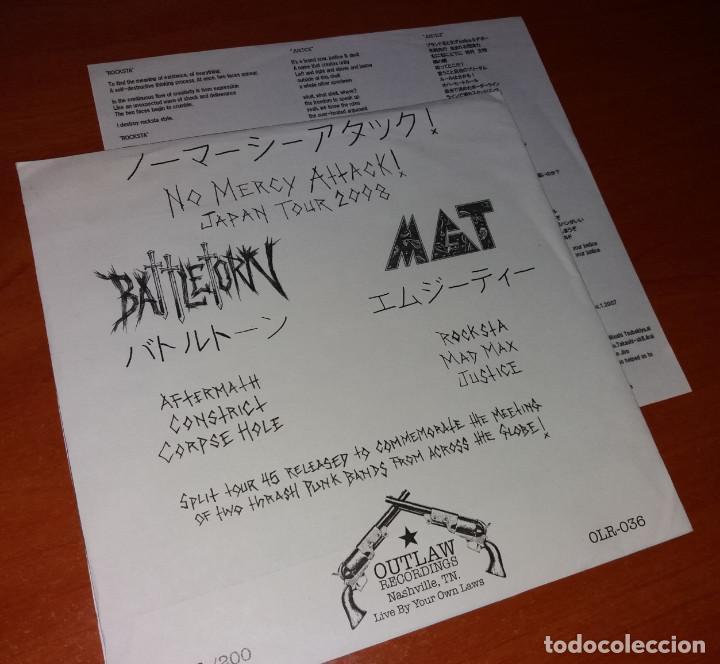 Discos de vinilo: Battletorn & MGT - No Mercy Attack! - 7 [Outlaw Recordings, 2008 · #198/200] - Foto 3 - 220881122