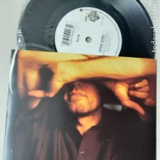 Dischi in vinile: R.E.M. RADIO SONG, LOVE IS ALL AROUND (LIVE). Lote 221107700