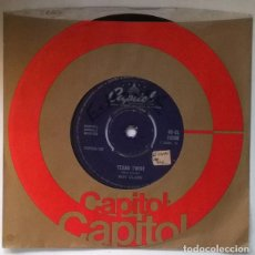 Discos de vinilo: ROY CLARK. TEXAS TWIST/ IN THE MOOD. CAPITOL, UK 1962 SINGLE. Lote 221426666