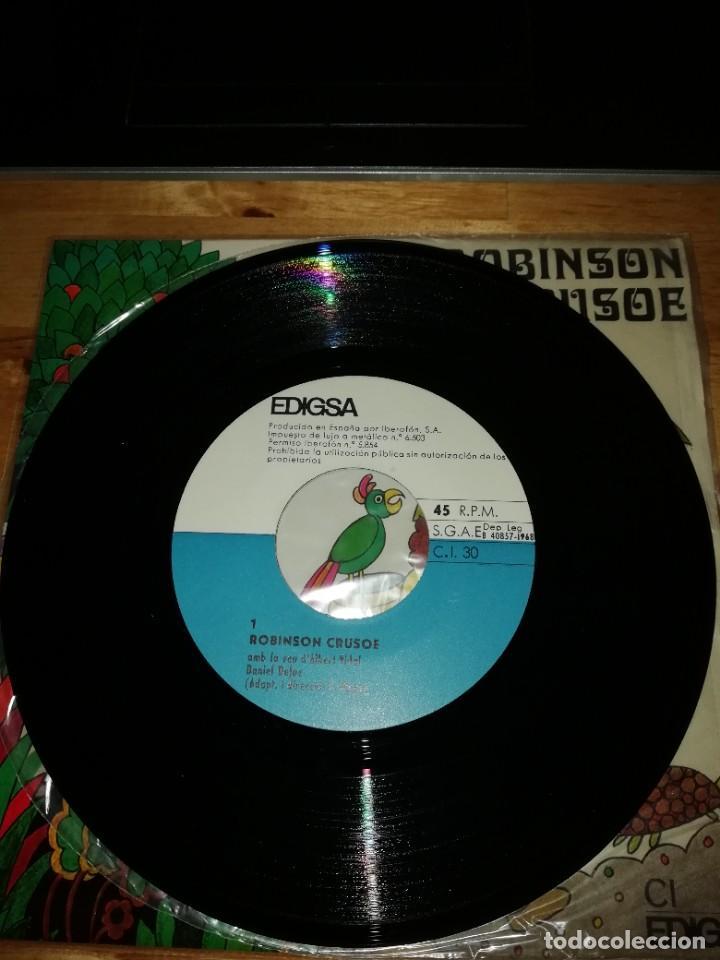 Discos de vinilo: ROBINSON CRUSOE - DANIEL DEFOE - ALBERT VIDAL - JAUME PICAS - EDIGSA 1968 - SINGLE CI 30 - GALLARDO - Foto 3 - 221451140