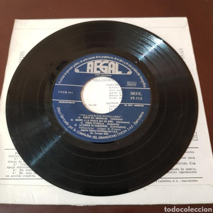 Discos de vinilo: VILLANCICOS POPULARES - CAPILLA CLADICA POLIFONICA DEL F. A. D. - Foto 3 - 221464941