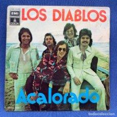 Discos de vinilo: SINGLE LOS DIABLOS - ACALORADO - ESPAÑA - AÑO 1974. Lote 221534501