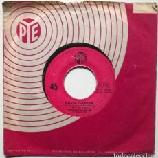 Discos de vinilo: DAVID GARRICK. DEAR MRS. APPLEBEE/ YOU'RE WHAT I'M LIVIN' FOR, PYE, FRANCE 1966 SINGLE. Lote 221624847