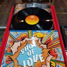 Discos de vinilo: LP BOB DYLAN SHOT OF LOVE 1981 CBS. Lote 221660427