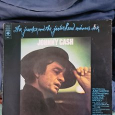 Discos de vinilo: JOHNNY CASH. THE JUNKIE AND THE JUICEHEAD. Lote 221683267