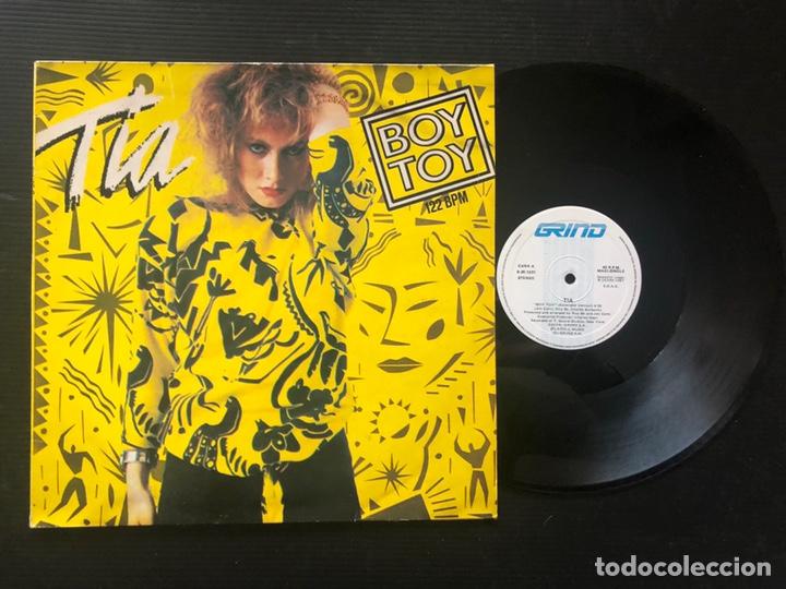 TIA ?– BOY TOY (Música - Discos de Vinilo - Maxi Singles - Electrónica, Avantgarde y Experimental)