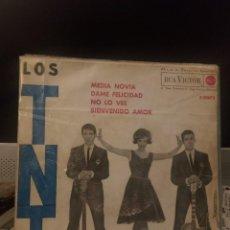 Discos de vinilo: LOS TNT - MEDIA NOVIA. Lote 221767673
