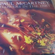 Discos de vinilo: PAUL MC CARTNEY FLOWERS IN THE DIRT. Lote 221789550
