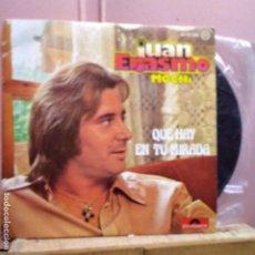 Discos de vinilo: JUA ERASMO MOCHI QUE HAY EN TU MIRADA Y COMO UN VAGABUNDO. Lote 221831393