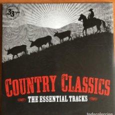 Discos de vinilo: COUNTRY CLASSICS THE ESSENTIAL TRACKS 2XLP (VINTAGE VINYL, 2013) COMO NUEVO. Lote 221843076