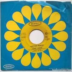 Discos de vinilo: BOBBY VINTON.JUST AS MUCH AS EVER/ ANOTHER MEMORY. EPIC, HOLLAND 1967 SINGLE. Lote 221846043