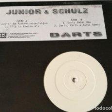 Discos de vinilo: JUNIOR & SCHULZ - DARTS - 1997. Lote 222044201