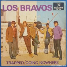 Dischi in vinile: SINGLE / LOS BRAVOS / TRAPPED - GOING NOWHERE / COLUMBIA ME 299 / 1966. Lote 222359972