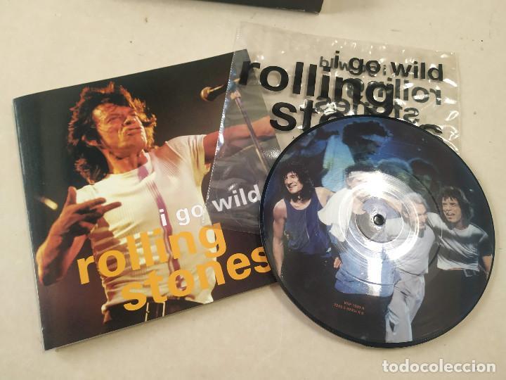 Discos de vinilo: ROLLING STONES - I GO WILD - CAJA CON SINGLE PICTURE DISC Y LIBRETO - EDICIÓN LIMITADA 10.000 - UK - Foto 2 - 222360788