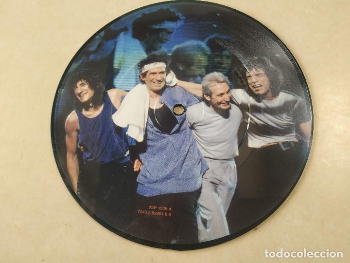 Discos de vinilo: ROLLING STONES - I GO WILD - CAJA CON SINGLE PICTURE DISC Y LIBRETO - EDICIÓN LIMITADA 10.000 - UK - Foto 3 - 222360788