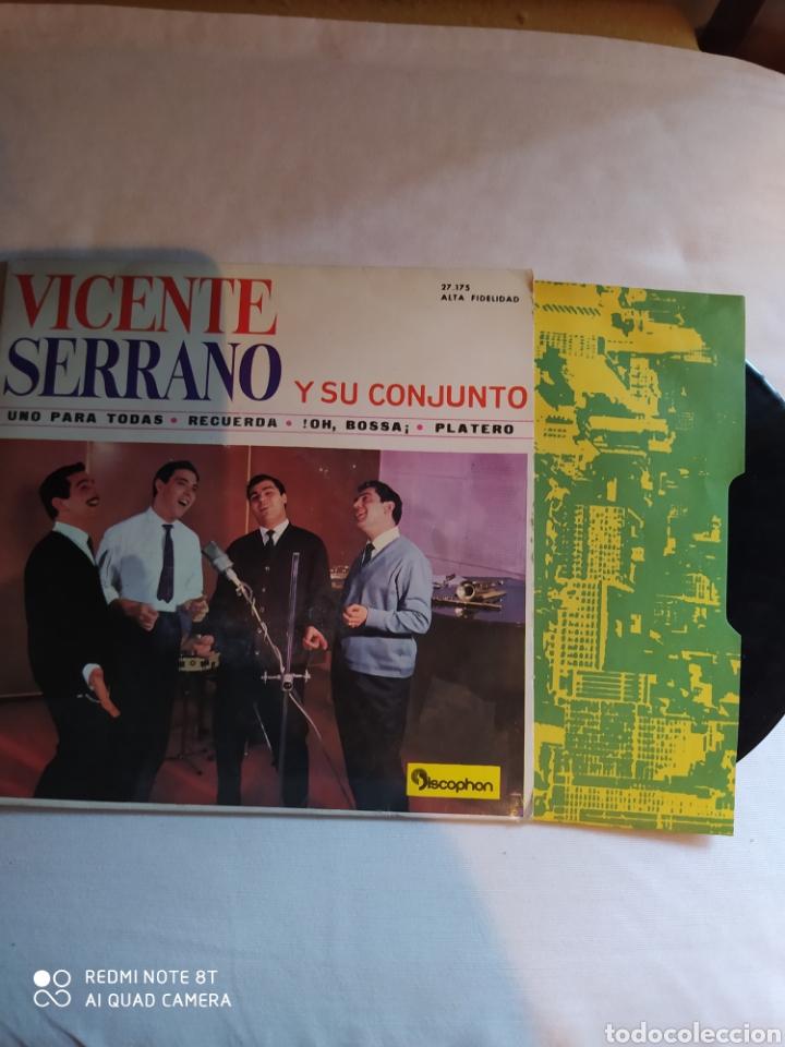 Discos de vinilo: VICENTE SERRANO Y SU CONJUNTO/UNO PARA TODAS/RECUERDA/!! OH BOSSA+1.EP1963.DISCOPHON - Foto 4 - 222407201