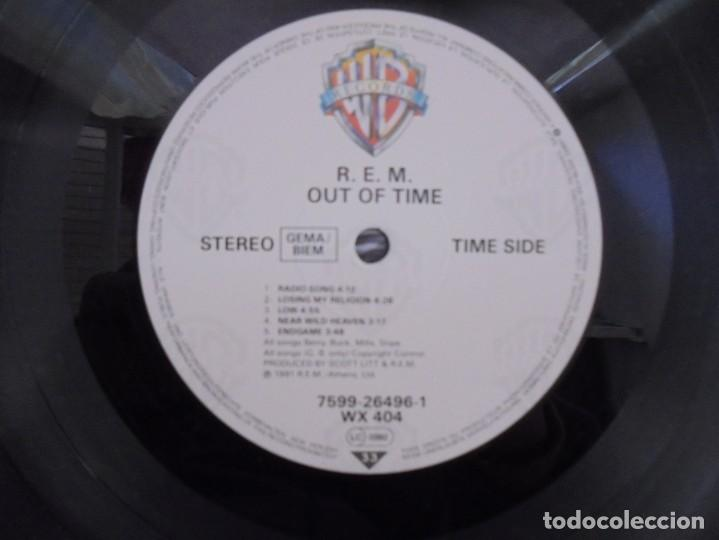 Discos de vinilo: R.E.M. OUT OF TIME. LP VINILO. WARNER BROS. PRODUCED BY SCOTT LITT. 1991. - Foto 6 - 222441801