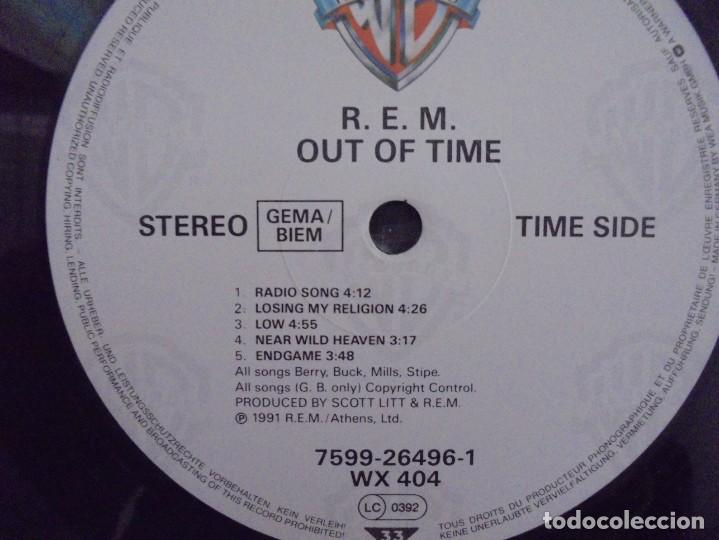 Discos de vinilo: R.E.M. OUT OF TIME. LP VINILO. WARNER BROS. PRODUCED BY SCOTT LITT. 1991. - Foto 7 - 222441801