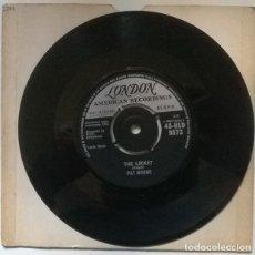 Discos de vinilo: PAT BOONE. SPEEDY GONZALES/ THE LOCKET. LONDON, UK 1962 SINGLE. Lote 222504787