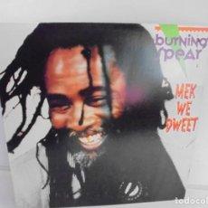 Discos de vinilo: BURNING SPEAR. MEK WE DWEET. LP VINILO. DISCOGRAFIA ISLAND RECORDS MANGO 1980.. Lote 222548693