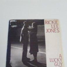 Discos de vinilo: RICKIE LEE JONES A LUCKY GUY / SKELETONS ( 1981 HISPAVOX ESPAÑA ). Lote 222595173